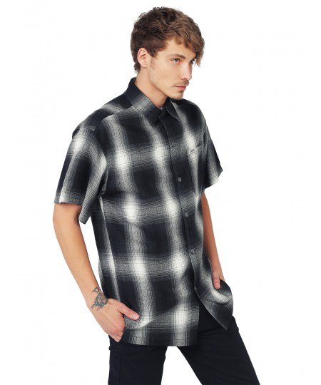 Men's Short Sleeve Casual Plaid Buttondown Shirt